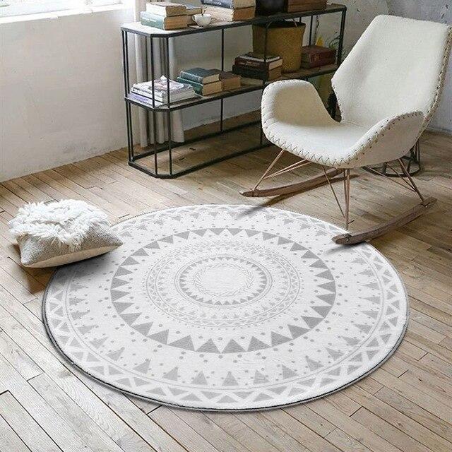 Kleiner Runder Teppich <br> Skandinavisch