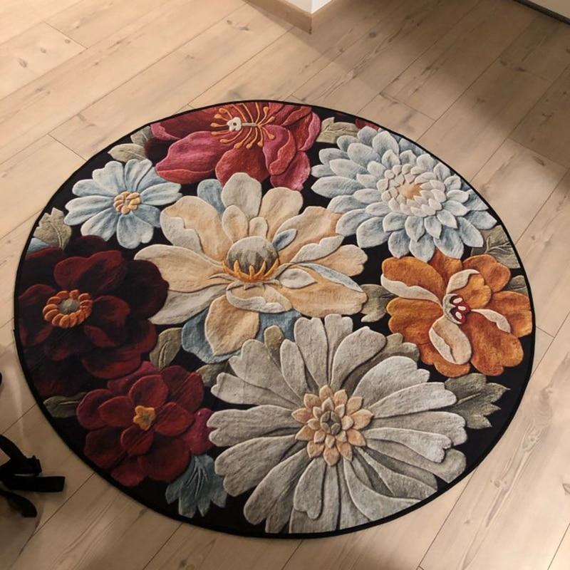 Runder Teppich <br> Blumen der Ewigkeit