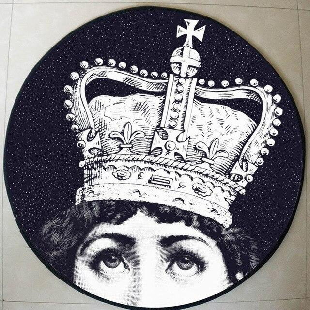 Runder Teppich <br> Königin
