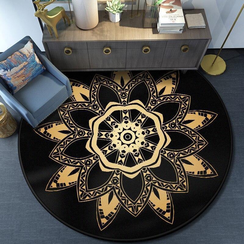 Runder Teppich <br> Schwarzes und Goldenes Mandala