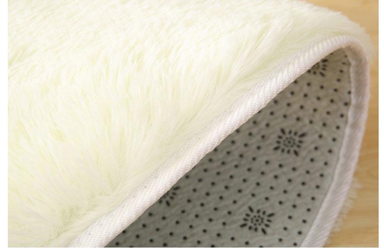 Runder Teppich <br> Weißes Kunstfell